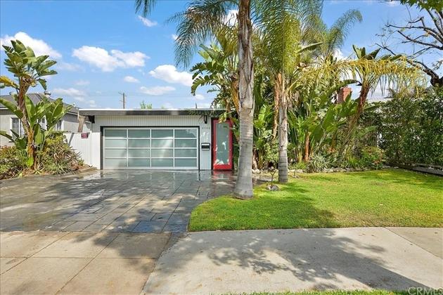 10000000, North Hollywood, CA, 91601 - Photo 1