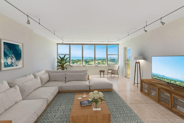3243, Miami Beach, FL, 33140 - Photo 1