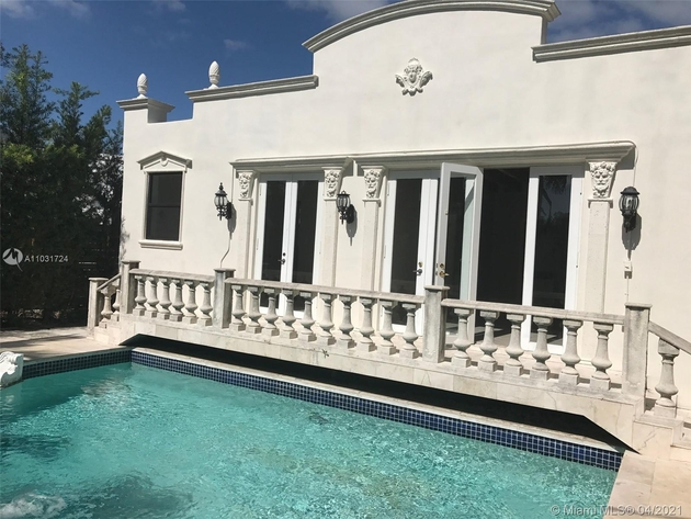 6999, Miami Beach, FL, 33140 - Photo 1