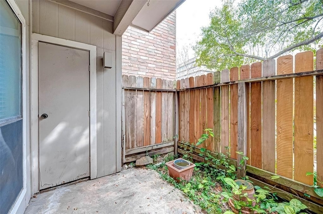 584, Houston, TX, 77030 - Photo 1