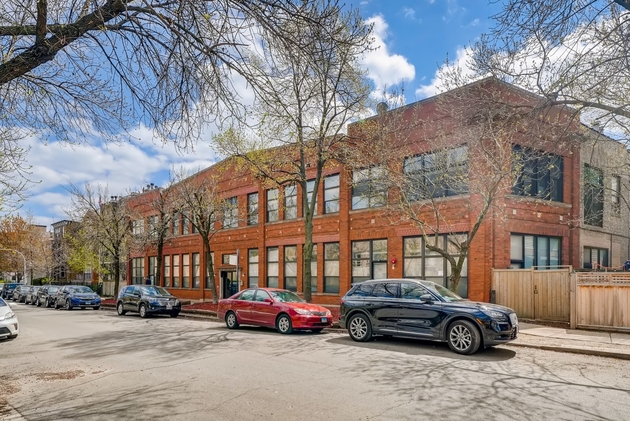 4814, Chicago, IL, 60657 - Photo 1