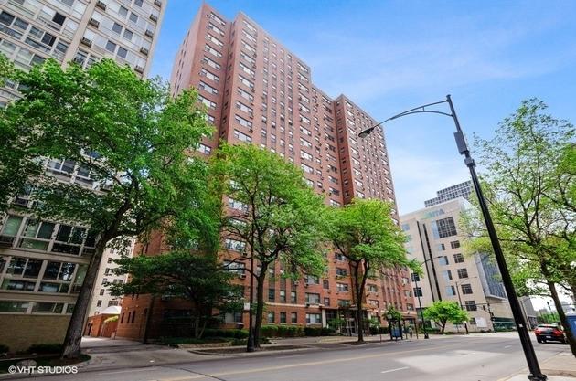 3662, Chicago, IL, 60657 - Photo 1