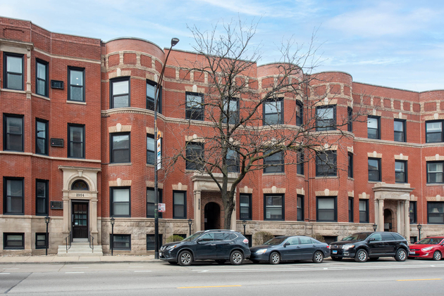 4897, Chicago, IL, 60657 - Photo 1