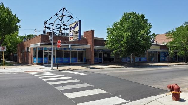 35210, Chicago, IL, 60645 - Photo 1