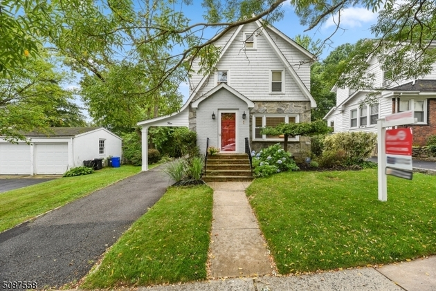 3713, Maplewood Twp., NJ, 07040-1806 - Photo 1