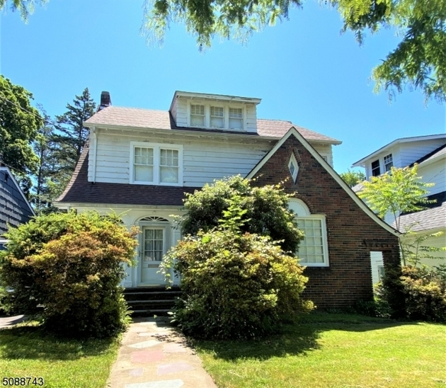 4449, Maplewood Twp., NJ, 07040-1844 - Photo 1