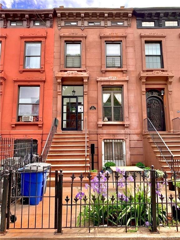 6960, Stuyvesant Hts, NY, 11221 - Photo 1