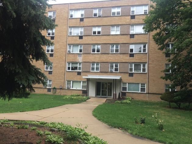 617, Chicago, IL, 60659 - Photo 1