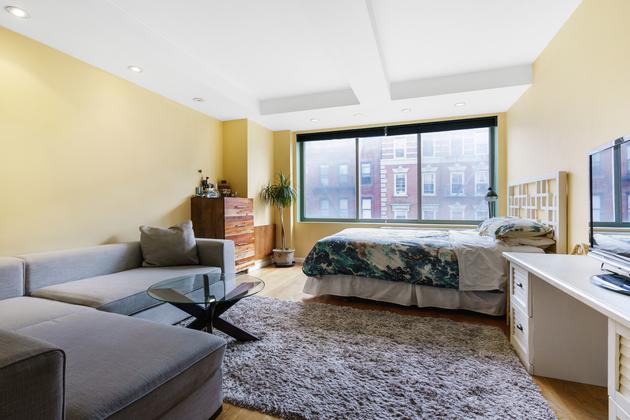 525 E 11th St, Manhattan, NY, 10009 - Photo 1