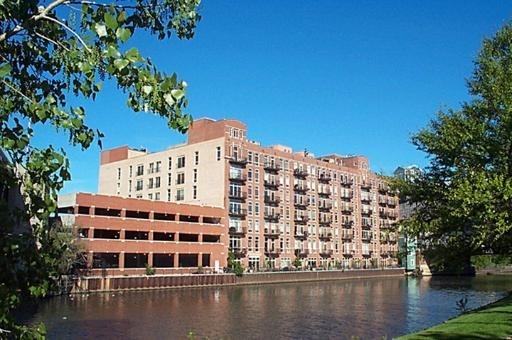 10000000, Chicago-Near North Side, IL, 60654 - Photo 1