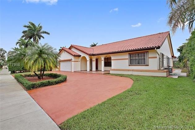 10000000, Miami, FL, 33175 - Photo 1