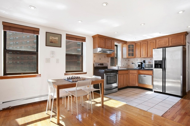 4332, Brooklyn, NY, 11238 - Photo 2
