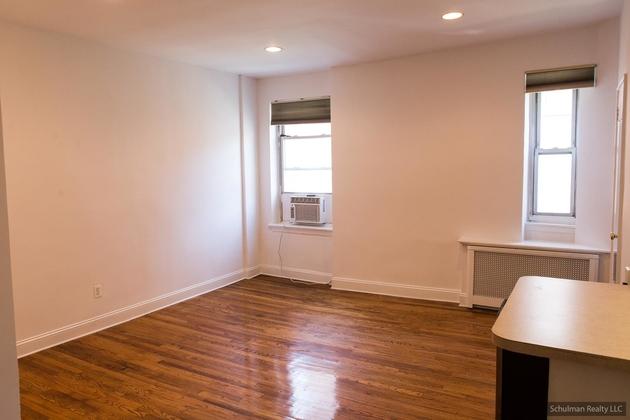 151 E 20th St, New York, NY, 10003 - Photo 2
