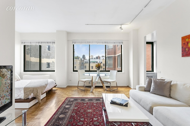 250 W 89th St, New York, NY, 10024 - Photo 1