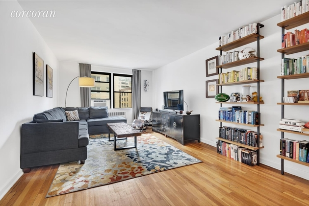 54 E 8th St, New York, NY, 10003 - Photo 1