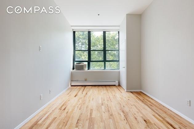 372 Dekalb Ave, Brooklyn, NY, 11205 - Photo 2