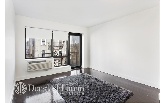 11-25 45th Ave, , 11101 - Photo 1