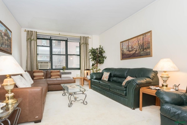 2246, Queens, NY, 11372 - Photo 1