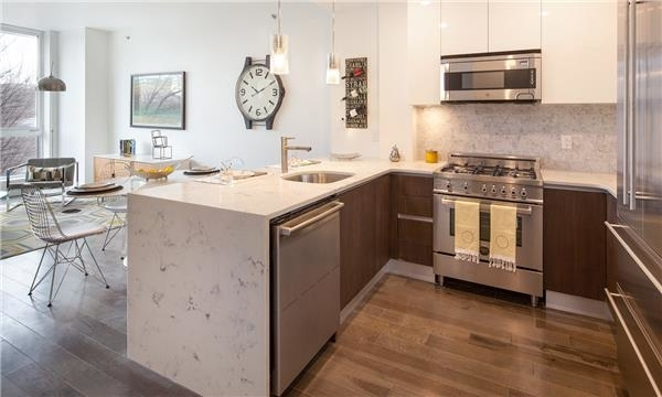 3100, Queens, NY, 11101 - Photo 2