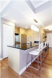 5825, Queens, NY, 11101 - Photo 2