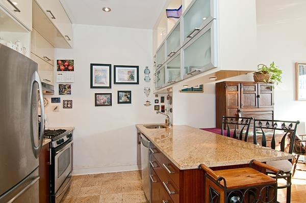 5599, Queens, NY, 11101 - Photo 2