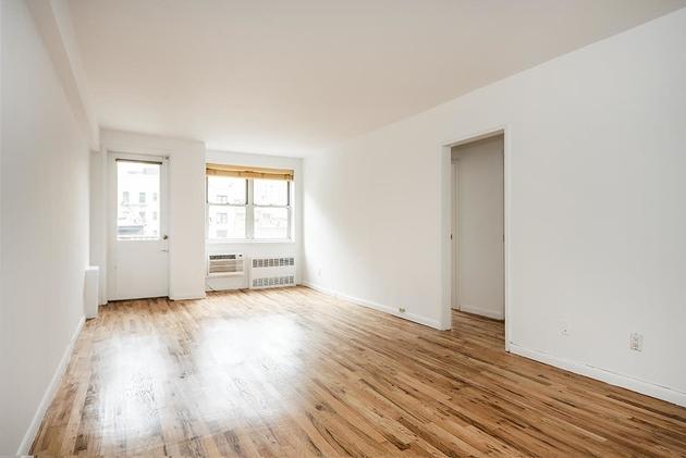 170 W 23rd St, New York, NY, 10011 - Photo 2