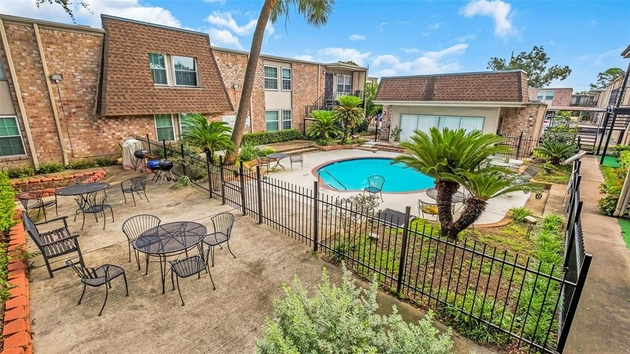 386, Houston, TX, 77096 - Photo 1