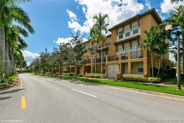 1592, Pembroke Pines, FL, 33027 - Photo 2