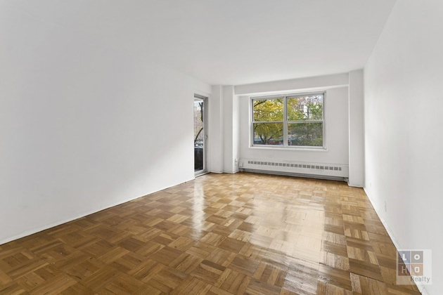 2428, Manhattan, NY, 10002 - Photo 1