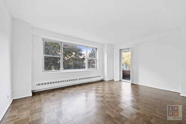 4489, Manhattan, NY, 10002 - Photo 1