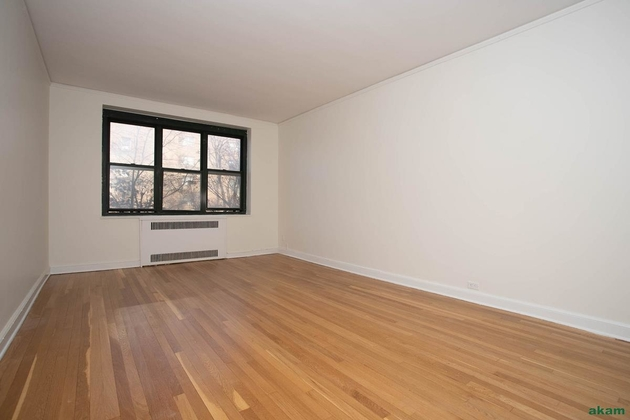 2269, Queens, NY, 11372 - Photo 2