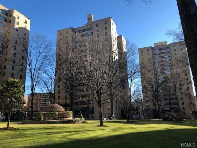 10000000, Bronx, NY, 10468-1406 - Photo 1