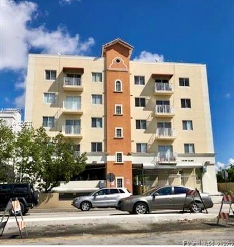925, Miami, FL, 33134 - Photo 1