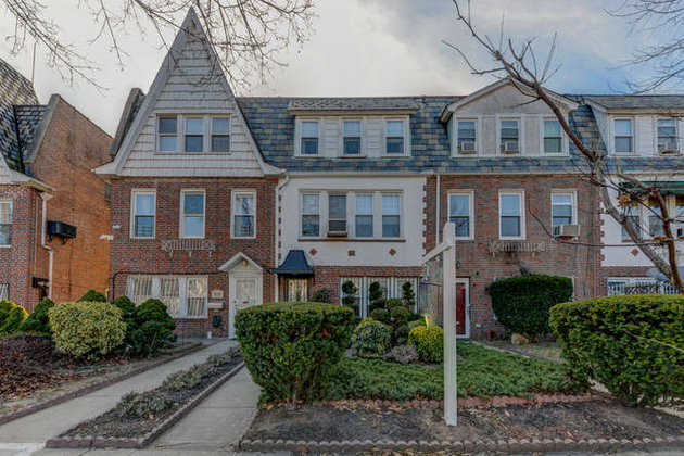 5278, Forest Hills, NY, 11375 - Photo 1