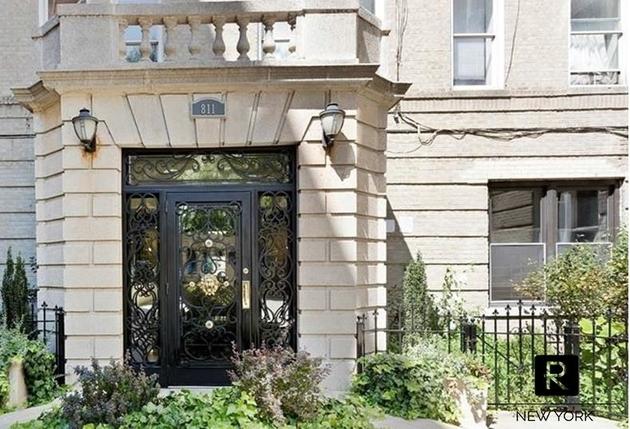 2012, Bronx, NY, 10451 - Photo 1