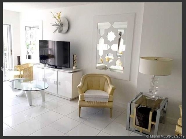 10000000, Sunny Isles Beach, FL, 33160 - Photo 2