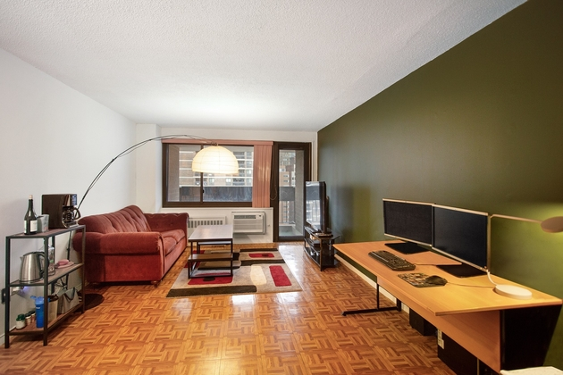 3773, NEW YORK, NY, 10038 - Photo 2
