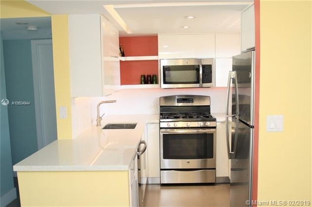 1398, Miami Beach, FL, 33139 - Photo 2