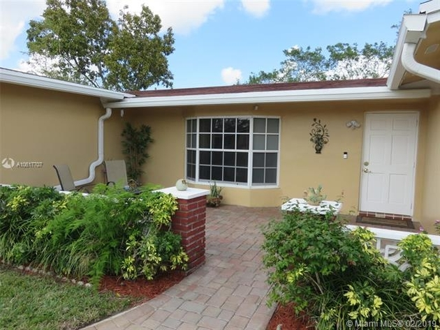 1661, Pembroke Pines, FL, 33024 - Photo 2