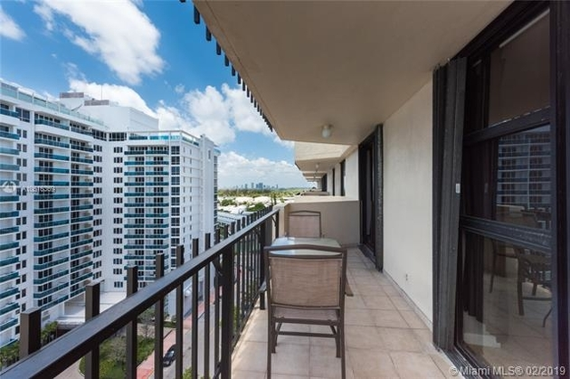 2888, Miami Beach, FL, 33140 - Photo 2