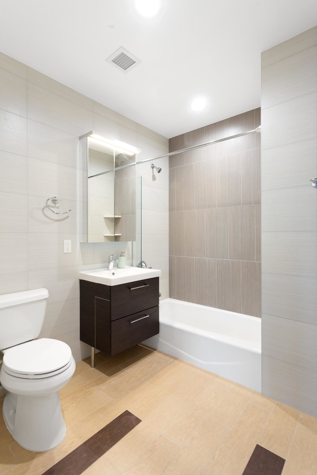 4667, Queens, NY, 11102 - Photo 2