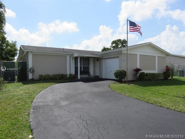 1669, Pembroke Pines, FL, 33024 - Photo 1