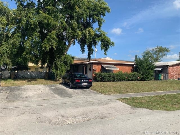 1426, Davie, FL, 33314 - Photo 2