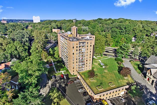 1816, Bronx, NY, 10471 - Photo 2