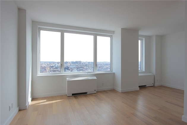 3723, Brooklyn, NY, 11249 - Photo 2