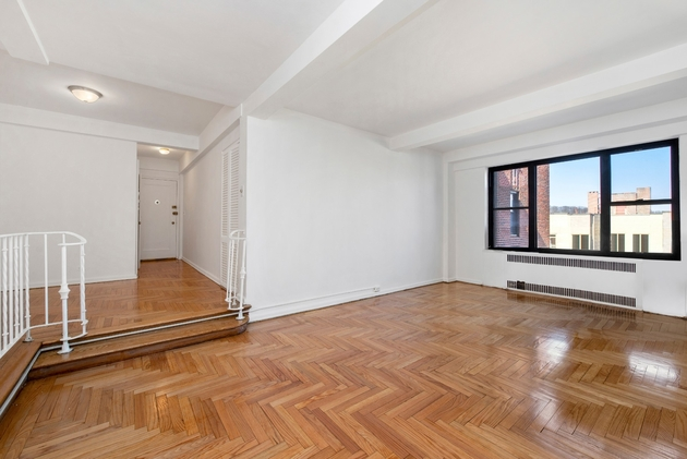 4409, New York, NY, 10034 - Photo 1