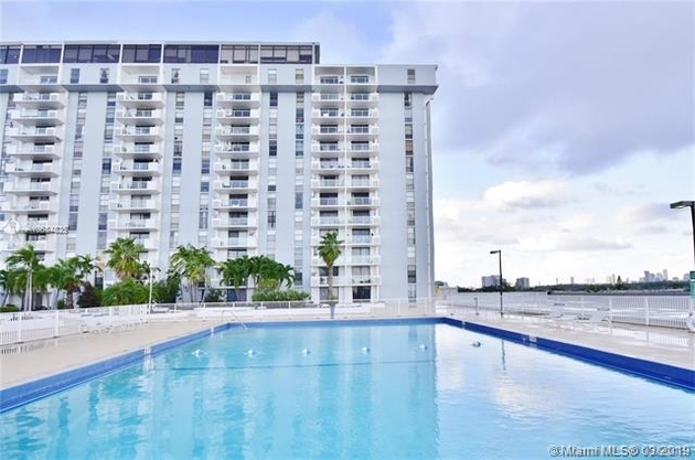 754, North Miami, FL, 33181 - Photo 1