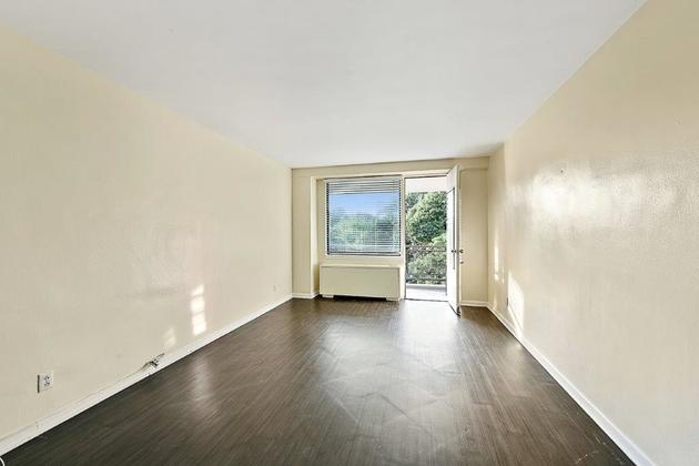 1760, Bronx, NY, 10471 - Photo 1