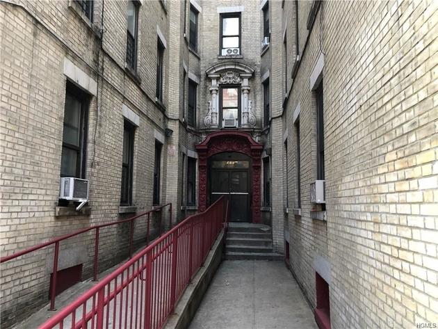 10000000, Bronx, NY, 10459-2936 - Photo 1