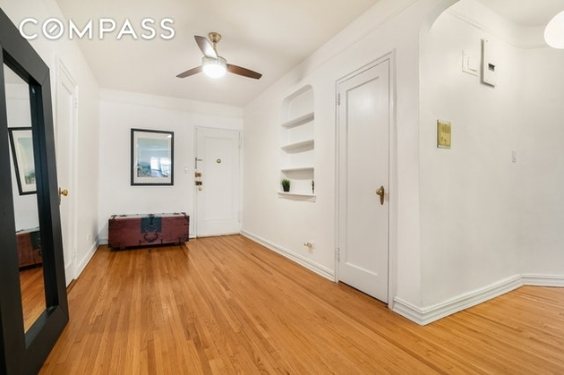 2158, Queens, NY, 11375 - Photo 2